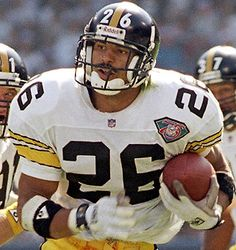 One of my all-time favorite NFL Players and a member of the Pittsburgh Steelers to boot! Pittsburgh Steelers Merchandise, Pittsburgh Steelers Wallpaper, Pittsburgh Steelers Players, Pittsburgh Sports, Steelers Football, Football And Basketball, Football Players, Pitt Steelers, Baseball