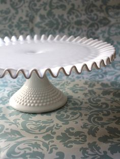 Fenton Hobnail milk glass cake stand, unmarked, so or earlier. Vintage Cake Plates, Vintage Cake Stands, Milk Glass Cake Stand, Cake Pedestal, Dessert Aux Fruits, Glass Dishes, Antique Glass, Base, Reception