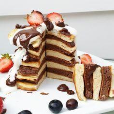 Das sind die besten protein pancakes auf der welt 50 g Schmelzflocken 125 g magerquark 5 Eiklar Süßstoff & Zimt alles vermischen und...