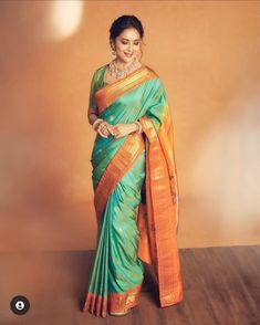 Silk Saree Kanchipuram, Silk Sarees, Madhuri Dixit Saree, Most Beautiful Bollywood Actress, Latest Designer Sarees, Saree Blouse Designs, Celebs, Celebrities, Saree Collection