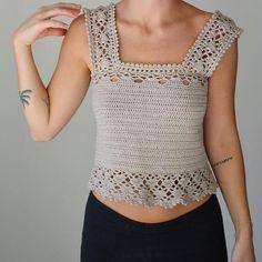 Aestas Is A Latin Word And Means 'Summer - maallure Crochet Halter Tops, Crochet Tunic, Crochet Jacket, Crochet Crop Top, Cotton Crochet, Crochet Clothes, Crochet Woman, Beautiful Crochet, Vintage Crochet