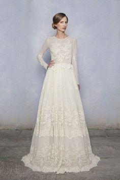 Une robe de mariée marquée à la taille