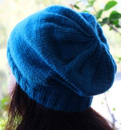 How to knit a Slouchy-Hipster Hat, for absolute beginners - So Woolly Slip Stitch Knitting, Lace Knitting, Knitting Stitches, Knit Crochet, Easy Knitting Projects, Knitting Videos, Insta Bio, Hipster Hat, Baby Shawl
