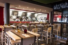 Grangusto è il foodstore più grande e innovativo di Napoli: Mercato, Enoteca, Ristorante, Wine bar, Pizzeria.