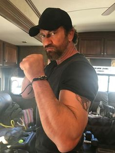 Gerry looking buff on Den of Thieves movie set