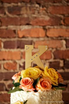 Letter of new last name | Wedding Cake Topper Ideas | Blume Photography