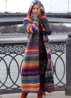 Long sleeve hooded sweater Outfits 2019 Outfits casual Outfits for moms Outfits for school Outfits for teen girls Outfits for work Outfits with hats Outfits women Crochet Coat, Crochet Clothes, Diy Crochet, Crochet Ideas, Boho Fashion, Autumn Fashion, Womens Fashion, Fashion Trends, Style Fashion