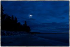 Victoria Beach is a rural municipality located on the southeastern shores of Lake Winnipeg . It is approximately 100 kilometres mi) nor. Lake Winnipeg, Victoria Beach, Most Beautiful Pictures, Canada, Moon, Sunset, World, Travel, Outdoor