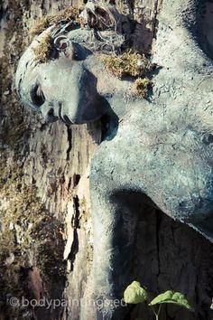 Bodypainting aus Düsseldorf: Landscape / Camouflage-Bodypainting - Susanne van Zeeland