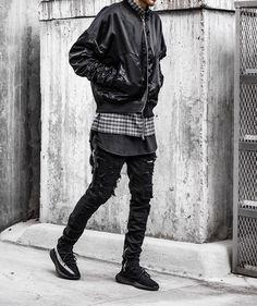 "2,219 Likes, 10 Comments - #SimpleFits (@simple.fits) on Instagram: ""⠀ #SimpleFits @maxb_informal ⠀ ▪️ @informalapparel #Coat ⠀ ▪️ @informalapparel #Jeans ⠀ ▪️…"""