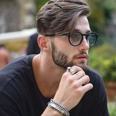 Mens Hairstyles With Beard, Hairstyles Haircuts, Mens Undercut Hairstyle, Medium Hairstyles For Men, Classic Mens Hairstyles, 1920s Hairstyles, Undercut Men, Celebrity Hairstyles, Popular Mens Haircuts