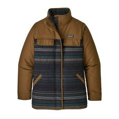 The hardworking Patagonia Women's Out Yonder Coat is a longer coverage work coat made with a recycled wool blend. Coats For Women, Jackets For Women, Clothes For Women, Patagonia Jacket, Outdoor Outfit, Fitness Models, Long Sleeve Shirts, Organic Cotton, My Style