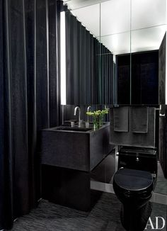 ♣ Luxury HOME Design ♣ ♦dAǸ†㉫♦ Gilles Mendel's Black-and-White New York Apartment : Architectural Digest Wall Paint Inspiration, Bad Inspiration, Bathroom Inspiration, Bathroom Ideas, Bathroom Designs, Bathroom Storage, Bathroom Remodeling, Cozy Bathroom, Paint Ideas