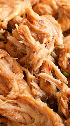 Slow Cooker Pulled Pork (made with Ginger Ale, BBQ Sauce & Onion)
