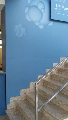 Montaje mural oficina acabada