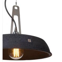 Loftowa lampa wisząca Industriola wykonana z betonu, przeznaczona wnętrzom urządzonym w stylu loft, oraz surowych industrialnych przestrzeni.  http://blowupdesign.pl/pl/lampy-betonowe-gipsowe-industrialne-loft-design/2046-betonowa-lampa-wiszaca-industriola-interesujacy-design-nowoczesny.html #industryinterior #industrialdesign #loftinterior #loftdesign #loftlight #lighting #hanginglamps #blacklamps #pendantlamps #lampazbetonu #lampaloft