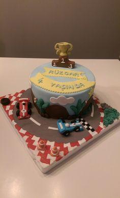 Yarış arabası temalı Doğum günü pastası