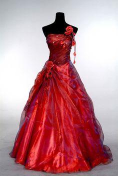 www.jana93.estranky.cz - Plesové šaty - Červené