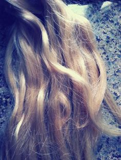 Sea salt beach wave hairspray DIY!!! Mix: 1 tsp salt, 1 tsp coconut oil, 1 cup of water, 1 tsp hair gel. Put in a spray bottle. Apply generously on hair while you 'ruffle' it. On thick hair it works great and if you have thin hair try to spray right after you take a bath and 'ruffle' your hair. It works. :-) <3 I'm going to try this!