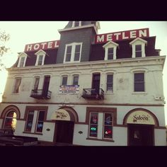 Hotel Metlen Dillon Montana, oh do I have memories here!!