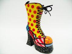 $285,77 Real moeda brl  Boot Mini Shoe | Escultura assinada por Romero Britto