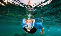 Will This New Full-Face Mask Revolutionize Snorkeling? The mask does away with the conventional snorkeling set-up of a separate mask and snorkel, instead combining the two in a futuristic design that covers the entire face. Easybreath Snorkeling Mask, Full Face Snorkel Mask, Breathing Underwater, Scuba Diving Gear, Eco Architecture, Full Face Mask, Snorkelling, Cool Tech, Yachts