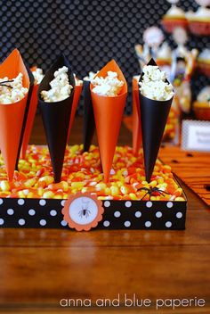 treat cone tutorial @Anna Totten and blue paperie