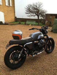 Moto guzzi v7 BAAK Moto Guzzi, Guzzi V7, Custom Motorcycles, Custom Bikes, Motorcycle Design, Moto Style, Scrambler, Cool Bikes, Bobber