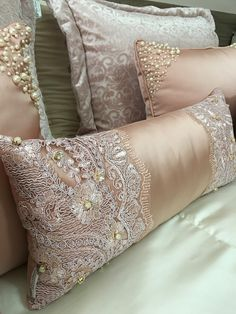 Bed Cover Design, Cushion Cover Designs, Pillow Design, Glam Pillows, Bed Pillows, Decorative Cushions, Scatter Cushions, Egyptian Cotton Duvet Cover, Bed Scarf