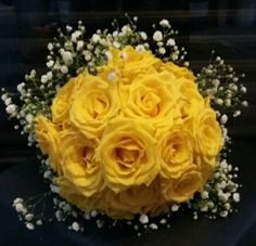 Buquê amarelo ouro rosas naturais do Atheliêr-Marisa