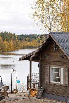 Kesämökki http://valkoinenpuutalokoti.blogspot.fi/2013/10/sisustussuunnitelmia-mokilla.html
