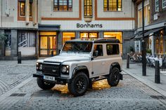 Production of the iconic Land Rover Defender has come to an end, with the last-ever model presented to factory workers in Solihull.