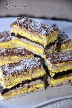 Coconut cake and vanilla cream - Alina's Cuisine Dessert Cake Recipes, Dessert Drinks, Cookie Recipes, Romanian Desserts, Romanian Food, Delicious Desserts, Yummy Food, Crazy Cakes, Ice Cream Recipes