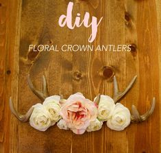 These DIY flower crown antlers are so chic and double as a jewelry organizer! Love this idea!