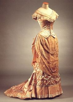 a-harlots-progress:    Gown by Gabriella Pescucci from Age of Innocence (1993)  recreation