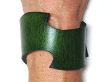 Green leather cuff - Swoosh. Leather bracelet / braclet cuff.  Leather wristband.  Christy Keys Creations