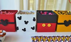 Mickey Mouse Party Ideas & Supplies via www.babyshoweride… Baby shower ideas for boy or girl No related. Mickey Mouse Clubhouse Cake, Fiesta Mickey Mouse, Mickey Mouse First Birthday, Mickey Mouse Parties, Mickey Party, Mickey Mouse Bedroom, Mickey Mouse Decorations, Babies First Christmas, Christmas Presents