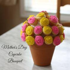 Cupcake Bouquet on Having Fun Saving and Cooking