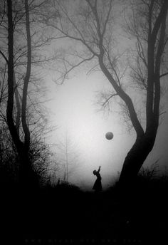 Love the black on the white/fog. The ball adds a childlike eerie feel Black White Photos, Black And White Photography, White Pic, Surrealism Photography, Art Photography, Magical Photography, Silhouettes, The Darkness, Mystique