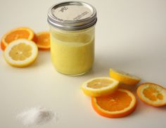 DIY Citrus Scrub ~ This homemade citrus scrubs smells like heaven in the shower and a little drop of citrus sunshine for your day.