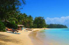 Muri Beach in Rarotonga - one of the prettiest beaches in the Cook Islands