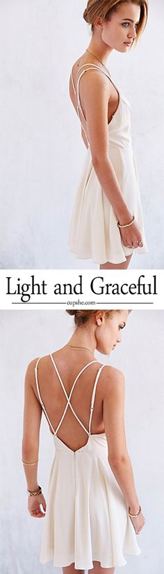 Feel exhausted to those normal dresses?Well,let this White Cross Back Sexy Skating Dress from CUPSHE.com help you out right way! Cross back design give you a new saxy and lovely look~