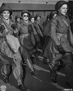 Members of the Women's Army Corps leaving for their overseas assignment in North Africa, 1943 ~
