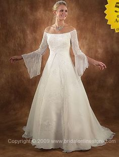 Medieval Princess Wedding Gown! love the Medieval wedding also!