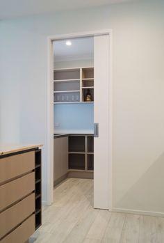 CS FOR DOORS   CS SofStop® soft closing cavity slider into pantry