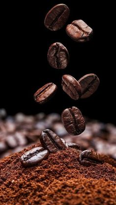 I Love Coffee - Discover the Benefits of Coffee - wallpaper - coffee Recipes Irish Coffee, Coffee Cafe, Coffee Drinks, Coffee Shop, Coffee Barista, Coffee Menu, Italian Coffee, Coffee Photos, Coffee Pictures