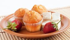 tvarohove muffiny Nutrition, Mini Cupcakes, Cooking, Breakfast, Desserts, Food, Breakfast Cafe, Dietitian, Dessert Food