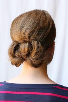 simple cute loop bun style
