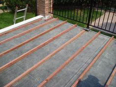 Before We Look At How To Build A Deck On A Flat Roof, Hereu0027s An