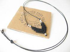 Micro Macrame Chevron Necklace . Minimalist Modern Pendant por raiz